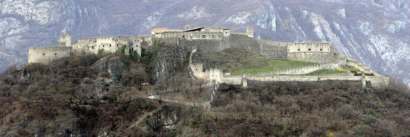 italiainpiega-pieghe-meravigliose-itinerari-moto-nord-italia-monte baldo e monte bondone-castel beseno