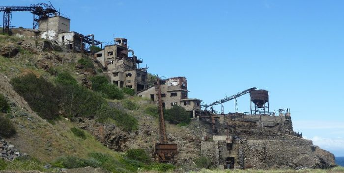 italiainpiega-pieghe meravigliose-itinerari-moto-centro-italia-isola d'elba-calamita miniera capoliveri