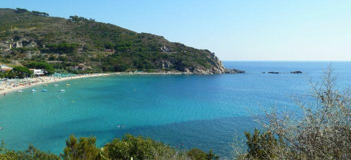 italiainpiega-pieghe meravigliose-itinerari-moto-centro-italia-isola d'elba-spiaggia di cavoli