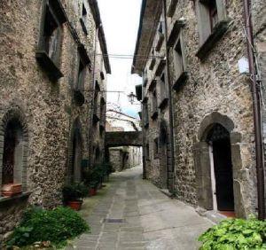 italiainpiega-pieghe meravigliose-itinerari-moto-nord-italia-passo del lagastrello-tavernelle