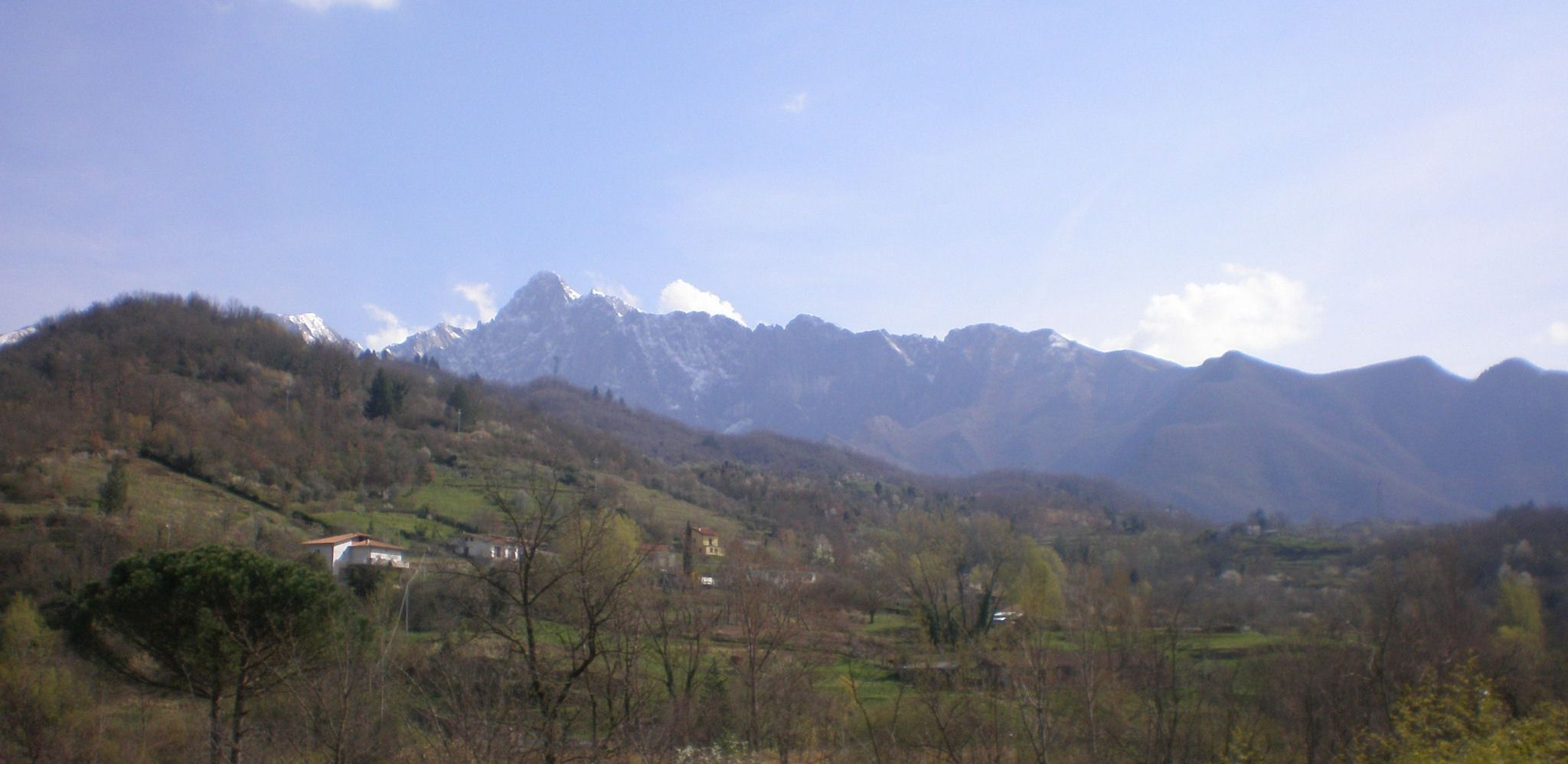 italiainpiega-pieghe meravigliose-itinerari-moto-centro-italia-garfagnana-panorama 2