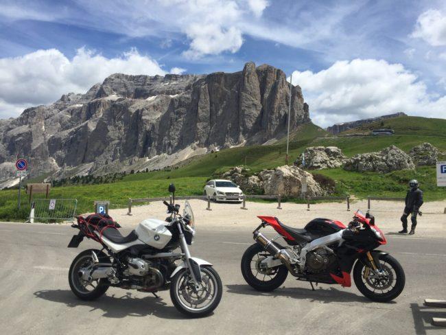 italiainpiega-pieghe meravigliose-itinerario moto nord italia-lago di braies-passo sella